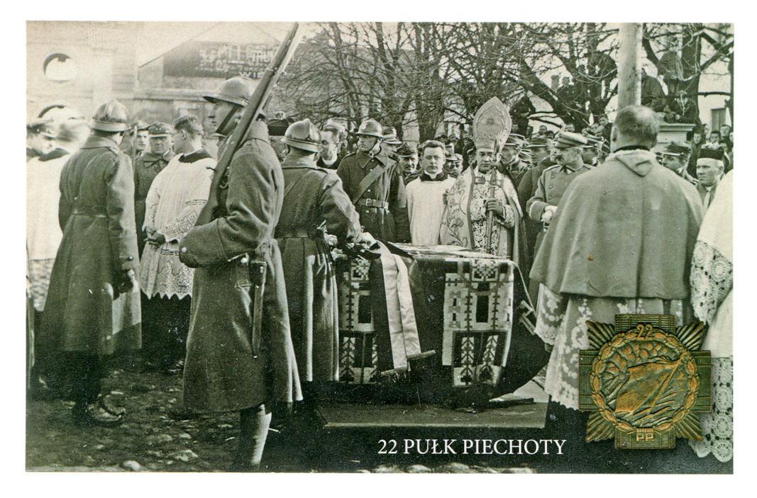 Uroczystość poświęcenia i wręczenia sztandaru 22 Pułku Piechoty