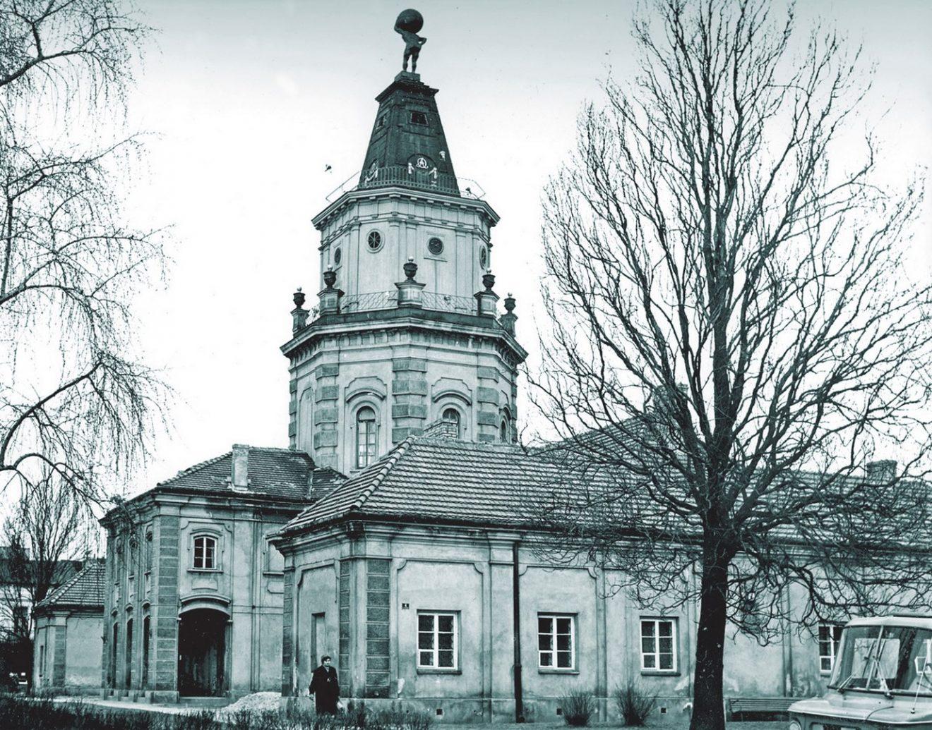 Fotografia budynku siedleckiego ratusza z 1973 r.